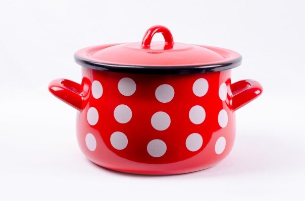 red-pot[313395].jpg