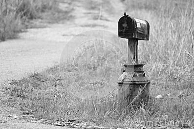mailbox-milk-jug-28592673[2165].jpg